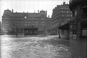 La gare Saint-Lazarre sous les flots en 1910
